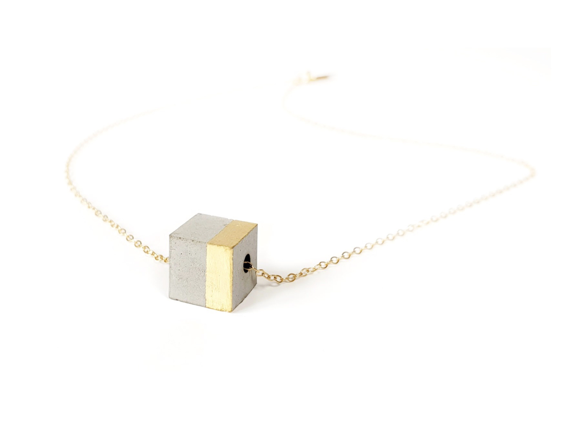 COLLIER LONGITUDE CUBE BÉTON ET OR MINT PANTARI